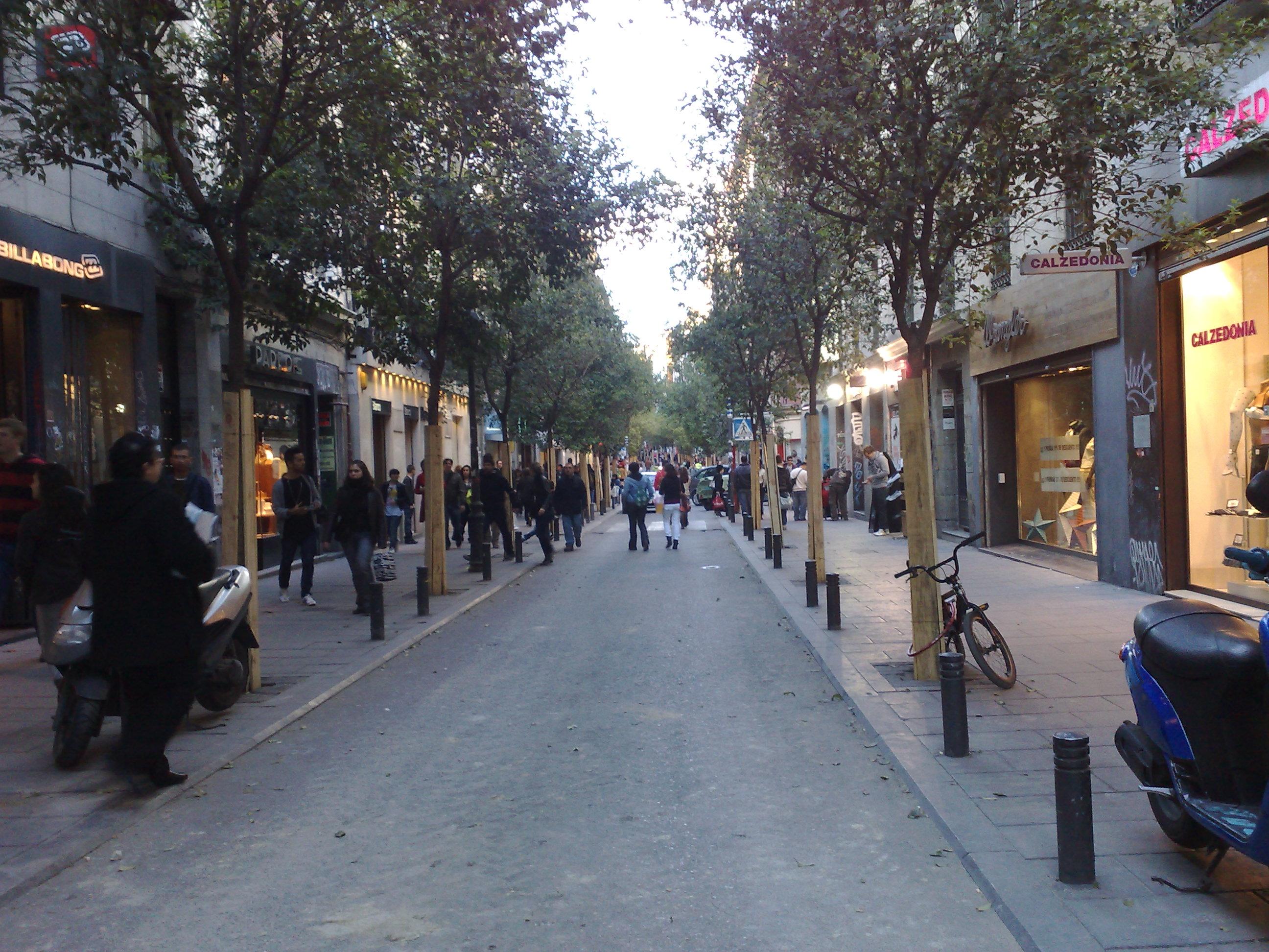 Barrios de Madrid: Chueca. Parte 2, comprar y salir « Felix Maocho