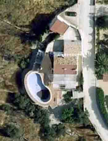 Huerto familiar c mo transformar una piscina for Alberca para riego